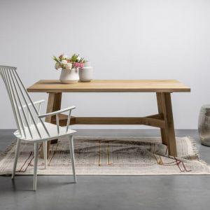 Dębowy stół Anne, na specjalne zamówienie stół może być wykonany  w dowolnym rozmiarze i w dowolnym kolorze. Stół może być rozkładany. Od 4100 zł. Producent: Houm