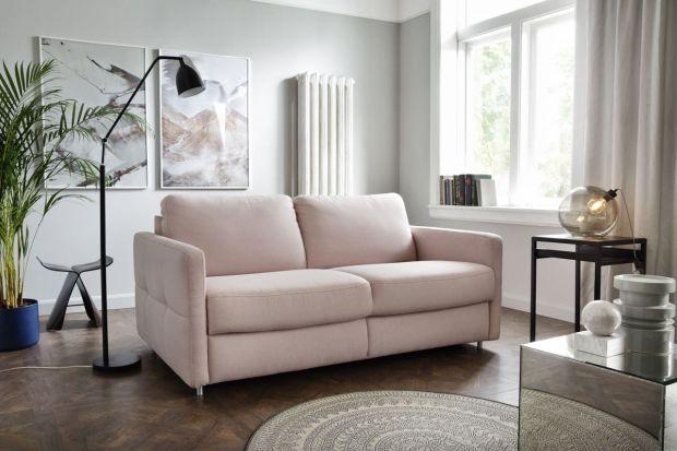 Jaką sofę wybrać do małego salonu? Szukacie modelu dla siebie?Polecamy przegląd świetnych kolekcji sof do małego salonu, które kupicie w polskich sklepach.