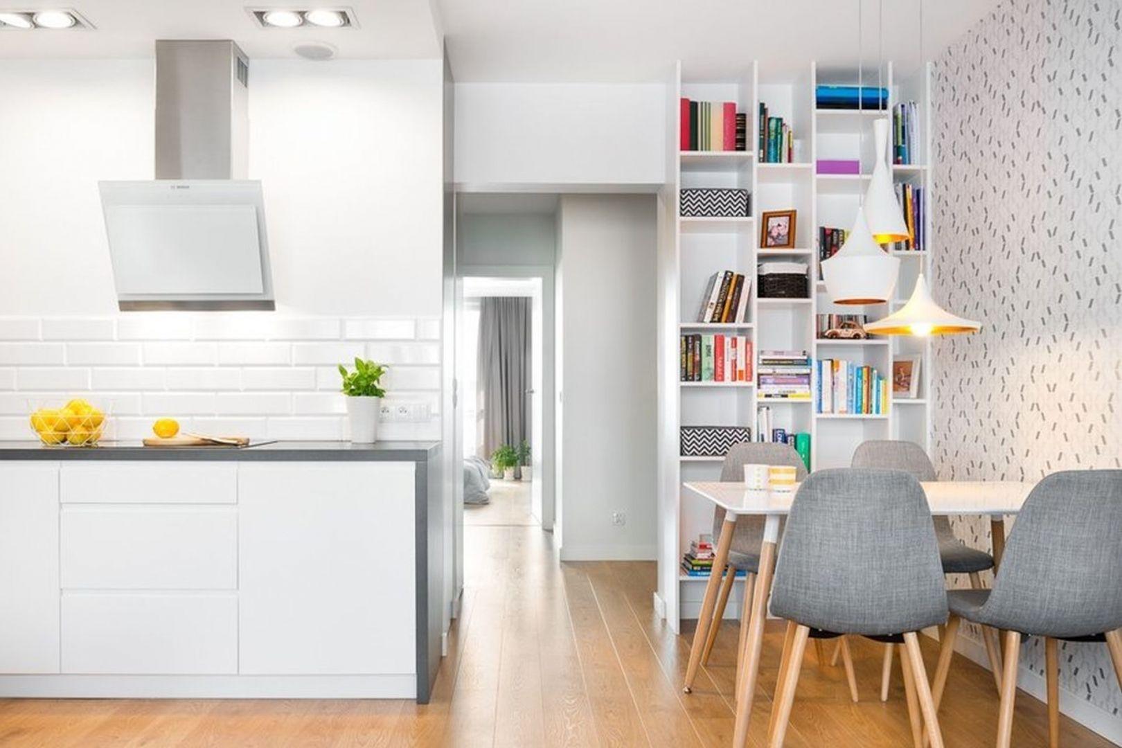 Jasne, proste i funkcjonalne mieszkanie ma 70 m2 powierzchni. Projekt: Krystyna Dziewanowska, zdjęcia Mateusz Torbus/7TH IDEA