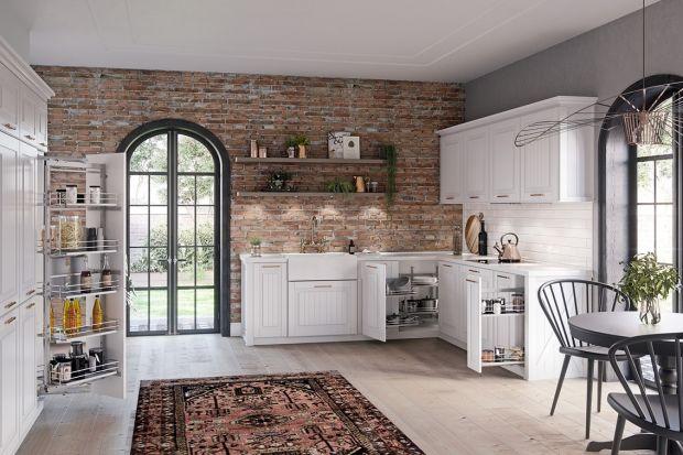 Jaki kolor wybrać do kuchni? Ponadczasową biel, głęboką czerń, a może inny, mniej oczywisty odcień? Postawić na jednolitą barwę, drewno, kamień, a może wciąż modny beton? Wybór kolorów do kuchni nie jest prosty.