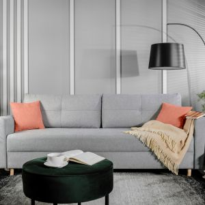 Sofa do salonu z kolekcji Ardena dostępna w ofercie Black Red White. Cena: 1.999 zł. Fot. Black Red White