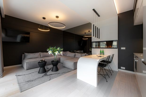 Jakie meble wypoczynkowe wybrać do salonu? Zobaczcie sofy, narożniki, szezlongi i pufy łączące minimalistyczny design z wygodą i funkcjonalnością. Idealne dokażdego salonu.