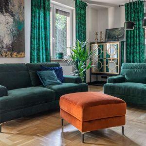 Trzyosobowa sofa Monday, nóżki drewniane lub metalowe. Cena: od 2988 zł. Producent: Gala Collezione