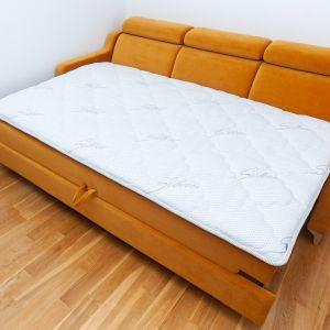 Topper spowalnia również starzenie się powierzchni kanapy podczas intensywnego korzystania, umożliwiając zachowanie jej pięknego wyglądu na dłużej. Fot. MP Nidzica
