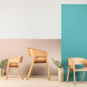 Na spodniej stronie siedziska fotela wygrawerowane jest specjalne logo z podpisem projektanta, gwarantujące oryginalność każdego egzemplarza. Fot. Ton