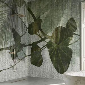 Ściany w łazience zdobi wzór Quisisana z kolekcji GlamFusion. Fot. Glamora/Dekorian Home