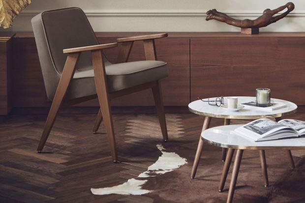 Kultowy fotel 366 to model zaprojektowany w 1962 roku przez Józefa Chierowskiego. Wielu z nas pamięta go ze swoich rodzinnych domów, prawda? Ale czy wiecie, że wznowione do produkcji fotele można dziś kupić w Polsce?