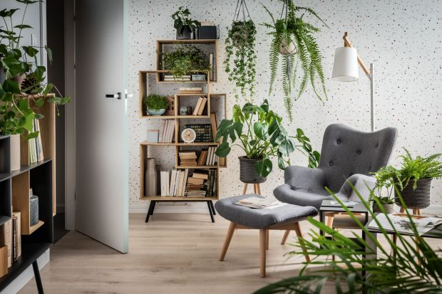 Fotel to meble, który doda każdemu wnętrzu przytulności. Zobaczcie jak prezentuje się w salonie.