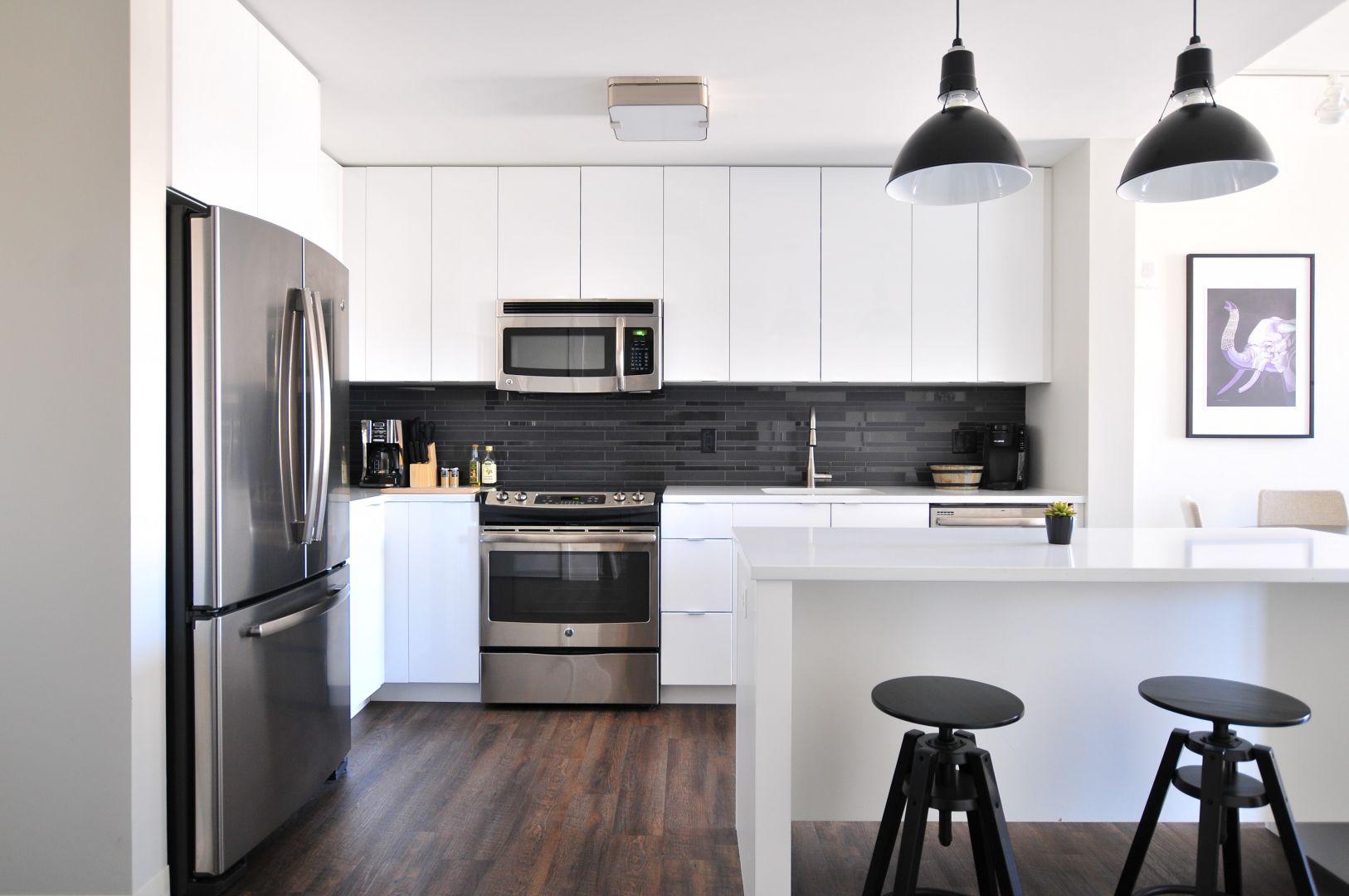 Płyta gazowa bez palników jest doskonale sprawdzi się w kuchni, w której planujecie pracować. Pracuje niezwykle cicho podczas całego procesu gotowania. Fot. Solgaz