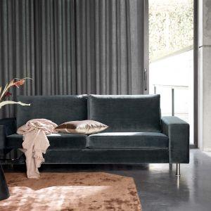 Sofa do salonu z kolekcji Indivio dostępna w ofercie firmy BoConcept. Cena: od 4.329 zł. Fot. Boconcept