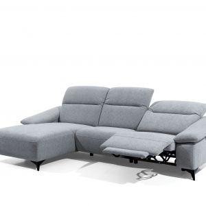 Funkcja relaks zapewnia wygodny odpoczynek w każdej pozycji. Fot. Stagra Meble