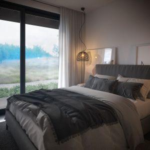 W sypialni zaplanowano miejsce na dużą szafę. Projekt: pracownia HomeKONCEPT