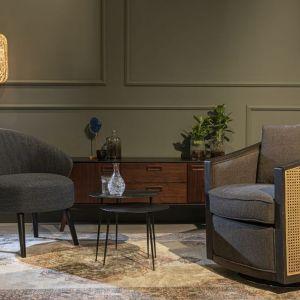 Dobitnie na to wskazują zarówno opływowe, miękkie formy, jak i kolory obić tapicerskich. Fot. Dutchbone BM Housing