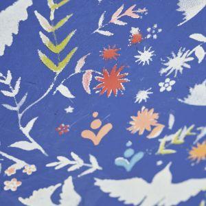 Krok 5 6. Wreszcie, po całkowitym wyschnięciu, zabezpiecz swoją pracę bezbarwnym woskiem Clear Chalk Paint™ Wax. Zdjęcia metamorfozy: Jesse Wild