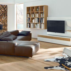 Meble do nowoczesnego salonu z kolekcji Neo 2 dostępne w ofercie firmy Huelsta. Fot. Huelsta
