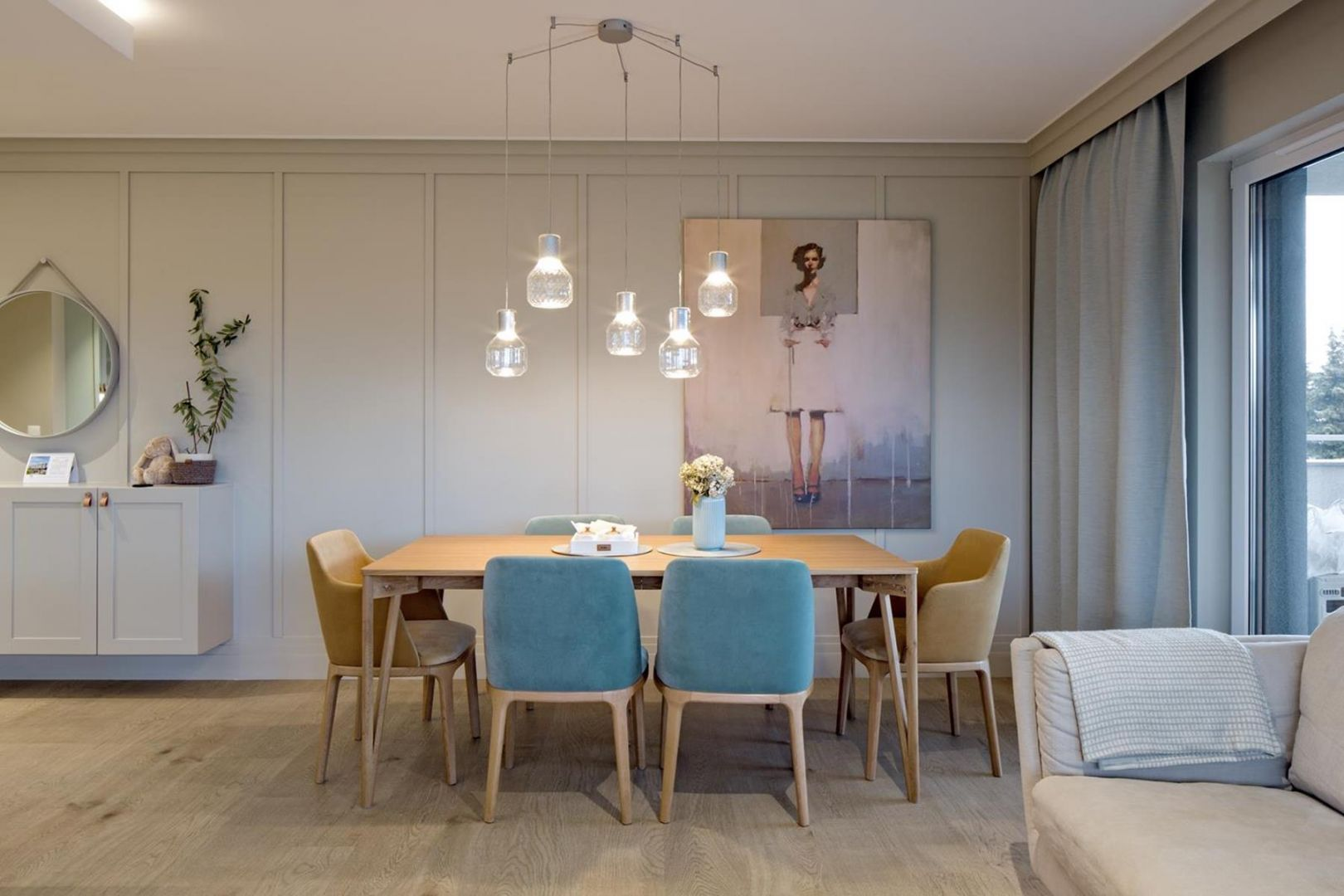 Wiszące lampy nad stołem stanowią piękny element dekoracyjny w jadalni. Projekt: AQForm, Fabryka Art. Fot. Małgorzata Tenczyńska-Korluk