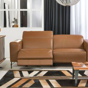 Sofa do salonu z kolekcji Sonore Premiere dostępna w ofercie firmy Kler. Fot. Kler