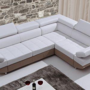 Narożnik ma piękne pikowania siedziska, które mogą również zostać przeszyte kontrastową nicią. Fot. Caya Design