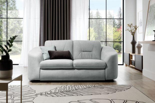 Do małego salonu warto wybrać wygodną i ładną sofę z funkcją spania. Zapewni nam bowiem wygodny wypoczynek zarówno w dzień, jak i w nocy. Polecamy taką właśnie sofę!