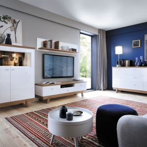 Białe meble do salonu z kolekcji Aspen dostępne w ofercie firmy Taranko. Fot. Taranko