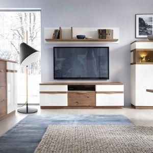 Białe meble do salonu z kolekcji Como dostępne w ofercie firmy Taranko. Fot. Taranko