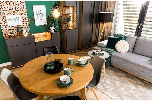 Szukasz pomysłu na oryginalny i ładny stół do jadalni? W niewielkim salonie musisz zmieścić jeszcze jadalnię? Zobacz naszą galerię pięknych stołów do małych wnętrz!