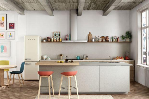 Styl industrialny jest rodzajem pomostu, pozwalającego na wplecenie historii budynku lub zastanej przestrzeni w nowoczesność. Jego potencjał odkryli wiele lat temu artyści, tworząc zupełnie nowy kierunek w projektach wnętrz. Zrodzony z przymusu, o