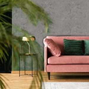 Stylowy salon z miedzianymi dodatkami. Fot. MAGNAT Style Beton