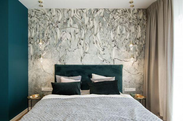 Aranżacja sypialni mawielki wpływ na nasz odpoczynek i sen. Odpowiednio dobrane łóżko, optymalna twardość materaca, a nawet kolory ścian czy rodzaj podłogi mogą zdecydować o tym, czy będziemy czuć się zrelaksowani, czy wręcz przeciwnie �