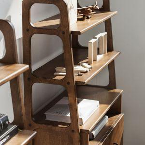 Regał FRISK marki Plywood Project fot. Plywood Project