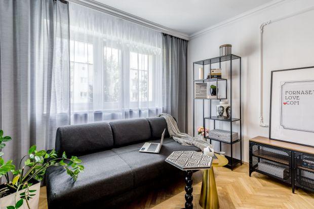 Styl skandynawski słynie z funkcjonalności, sprytnych rozwiązań i naturalnych materiałów we wnętrzach. Łatwo możemy połączyć go z estetyką retro. Na co zwrócić uwagę podczas urządzania małego mieszkania w stylu skandynawskiego vintage? O