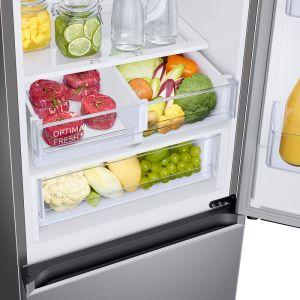 W lodówkach Grand+ nowe półki zaprojektowano tak, by swobodnie można było na nich ustawiać produkty o różnych kształtach i wielkości.Fot. Samsung