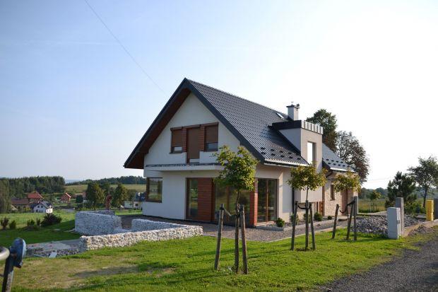 Dom pod Krakowem zbudowany systemem gospodarczym. Zobaczcie efekty prac!