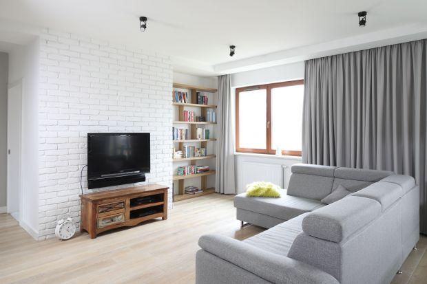 Jeśli szukacie propozycji na ścianę z telewizorem w salonie, zobaczcie nasz przegląd najpiękniejszych aranżacji salonów, którychściana RTV jest zaprojektowana pięknie i pomysłowo.