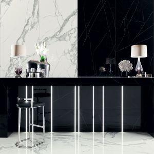 Płytki kuchenne nad blat i nie tylko - nowość producenta. Kolekcja płytek wielkoformatowych Specchio Carrara, projekt Macieja Zienia dla marki Tubądzin.