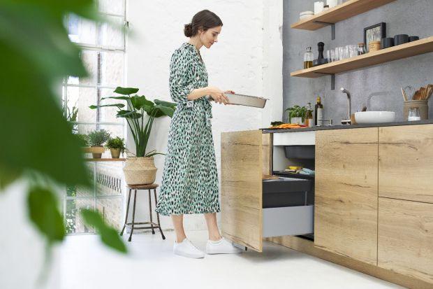Kuchnia toprzede wszystkimmiejsce prac kuchennych. Dlatego warto korzystać z rozwiązań usprawniających codzienne obowiązki. Jednym z najważniejszych miejsc w kuchni będzie w niej z pewnością strefa zmywania, której funkcjonalnośćmożna