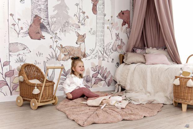 Jak urządzić pokój dziecka? Oprócz praktycznego miejsca do przechowywania zabawek, a także strefy wypoczynku i przestrzeni do nauki, pokójdziecięcy powinien też pobudzaćwyobraźnię. Jak stworzyć miejsce, które pomoże naszemu dziecku si�
