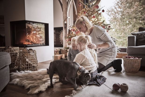 Jak urządzić i udekorować dom na święta Bożego Narodzenia? Zobaczcie cudną sesję zdjęciową domu w zimowym, świątecznym klimacie!