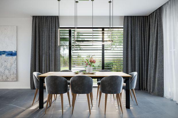 Szprosy, czy raczej szczebliny okienne, dawniej były konstrukcyjną koniecznością. Dziś to w większości przypadków głównie kwestia estetyki charakterystycznej dla niektórych stylów architektonicznych i powód różnego rodzaju niedogodności.