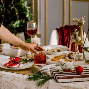 Pamiętaj, że pierwsze skrzypce grają świąteczne dania, na które z utęsknieniem czeka cała rodzina. Fot. Home&You