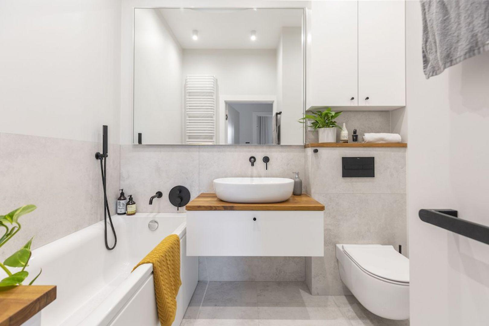 Pięknie i funkcjonalnie zaprojektowana łazienka będzie nam służyć całe lata. Projekt i zdjęcia: Renata Blaźniak-Kuczyńska, Renee's Interior Design
