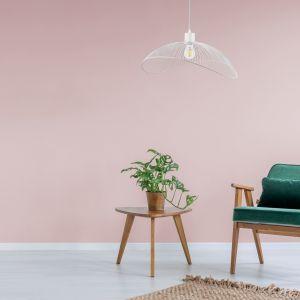 Miłośnikom skandynawskiego stylu przypadnie do gustu lampa wisząca Holly, posiadająca kolejno jedno, trzy lub pięć źródeł światła. Fot. Activejet