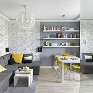 Salon w kolorach roku 2021. Projekt: Ewa Para. Fot. Bernard Białorucki