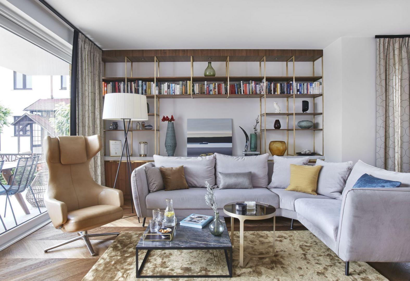 Rodzinny dom w Trójmieście to piękne i stylowe wnętrze i inspirowane art deco. Projekt: Joanna Kiryłowicz. Fot. Celestyna Król