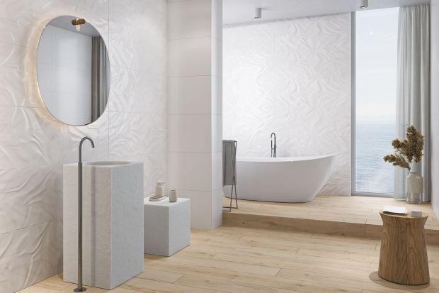 Płytki ceramiczne w białym kolorze doskonale sprawdzą w małej oraz w dużej łazience. Pięknie zaprezentują się również w nowoczesnej, jak i klasycznej aranżacji. Zobaczcie piękne, modne kolekcje płytek w białym kolorze.