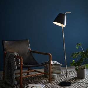 Czarna lampa stojąca Markslöjd Spin Floor Black, Bonami.pl, 699 zł