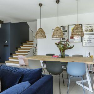 Przytulny salon w stylu boho. Projekt: Malwina Morelewska. Foto Yassen Hristov