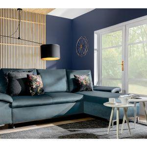 Sofa do małego salonu Bormio dostępna w ofercie Black Red White. Fot. Black Red White