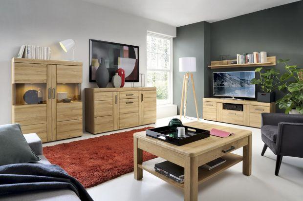 Jakie meble wybrać do eleganckiego salonu? Polecamy meble drewniane lub w kolorze drewna. Są modne, ponadczasowe i pięknie wyglądają.