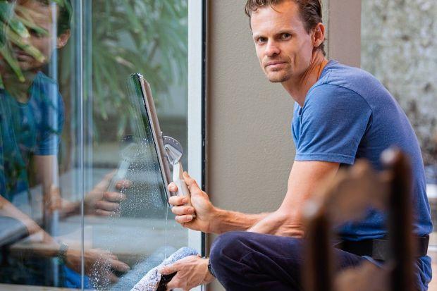Kiedy zdecydować się na przegląd okien? Na co zwrócić uwagę podczas noworocznego przeglądu stolarki okiennej? Sprawdźcie. Mam dla was kilka bardzo pomocnych wskazówek.